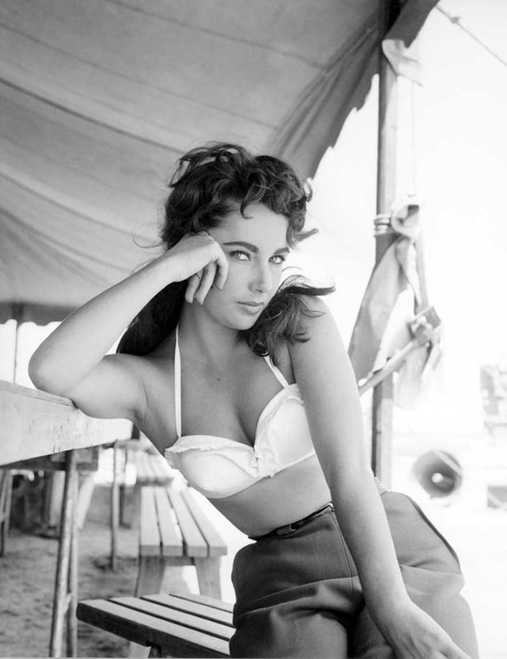 Elizabeth Taylor trong bộ phim Giant (1956)