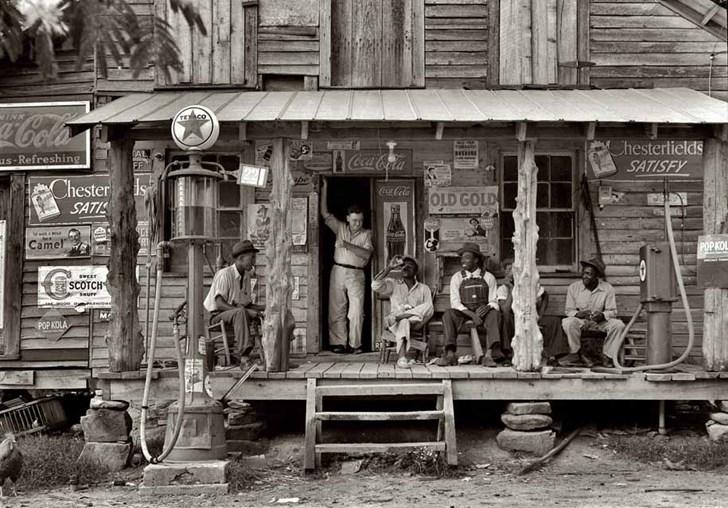 Một cửa hàng tạp hóa, 1939