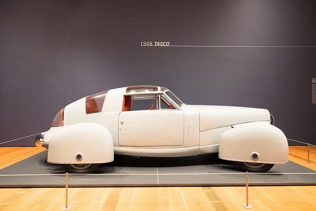 Trố mắt với những chiếc xe hơi lạ kỳ nhất thế giới