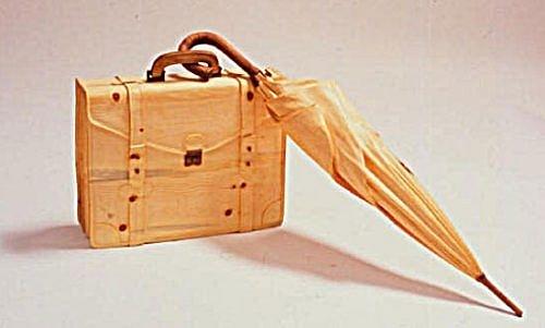 Siêu hài hước những đồ vật tinh xảo làm từ gỗ - Hình 12
