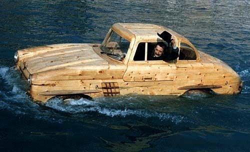 Siêu hài hước những đồ vật tinh xảo làm từ gỗ - Hình 13