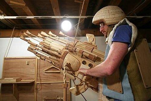Siêu hài hước những đồ vật tinh xảo làm từ gỗ - Hình 2