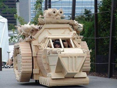 Siêu hài hước những đồ vật tinh xảo làm từ gỗ - Hình 7