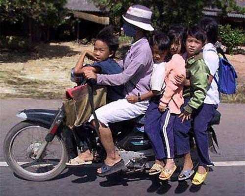 Các kiểu xe cộ siêu hài chỉ có ở Việt Nam - Hình 5