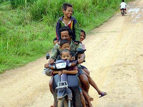Các kiểu xe cộ siêu hài chỉ có ở Việt Nam - Hình 9