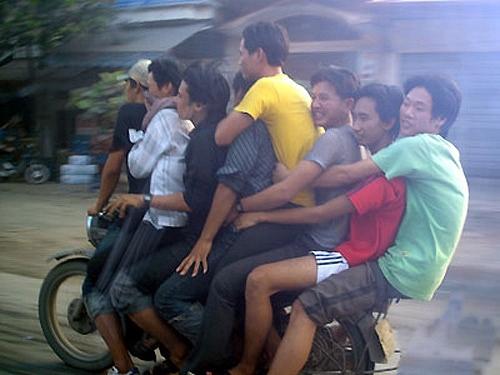 Các kiểu xe cộ siêu hài chỉ có ở Việt Nam - Hình 2
