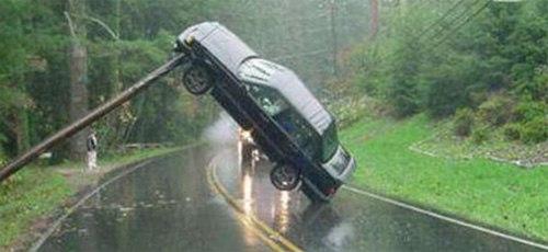 Các sự cố xe hơi khó hiểu - Hình 1