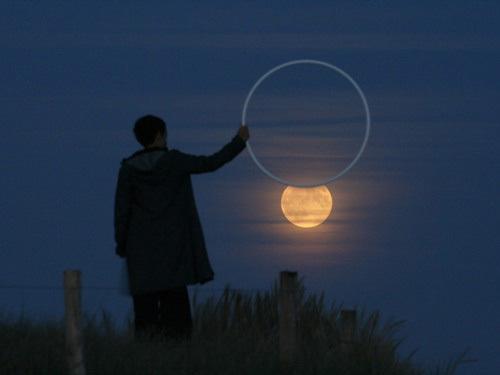 Sáng tạo với ảnh chụp mặt trăng - Hình 3