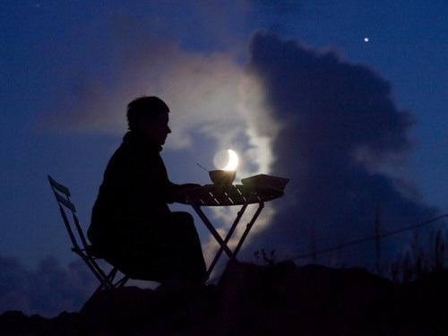 Sáng tạo với ảnh chụp mặt trăng - Hình 2