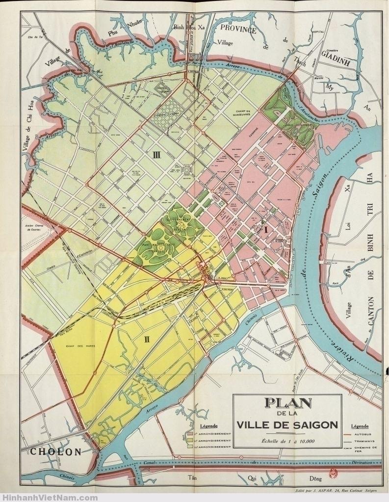 Saigon khi này được chia làm 3 quận, tô 3 màu khác nhau trên bản đồ