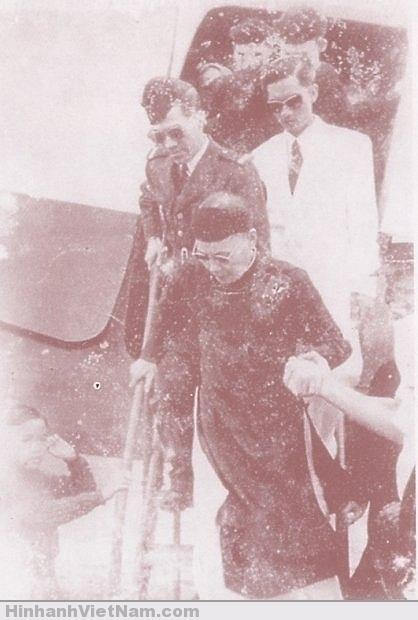 Cựu hoàng Thành Thái về thăm Huế lần cuối (1953)