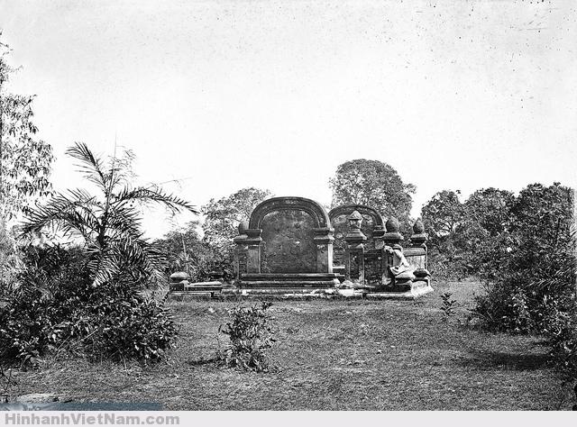 SAIGON 1867 - Mộ Cha Cả