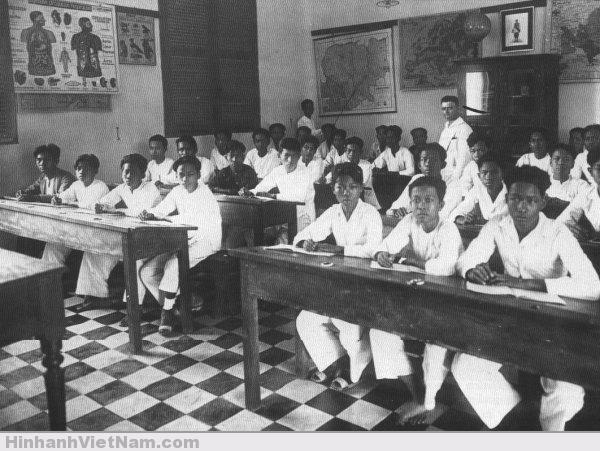Một lớp học thời Pháp