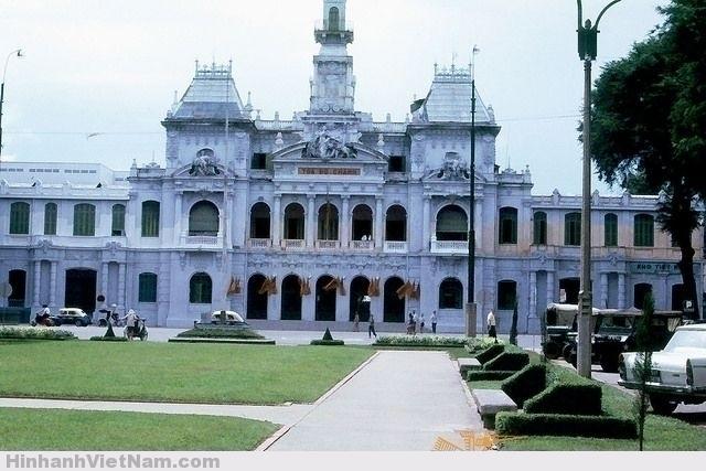 SAIGON 1965 - City Hall