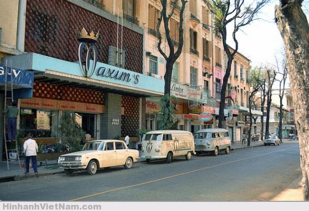 Nhà hàng nổi tiếng Maxim, đường Tự Do
