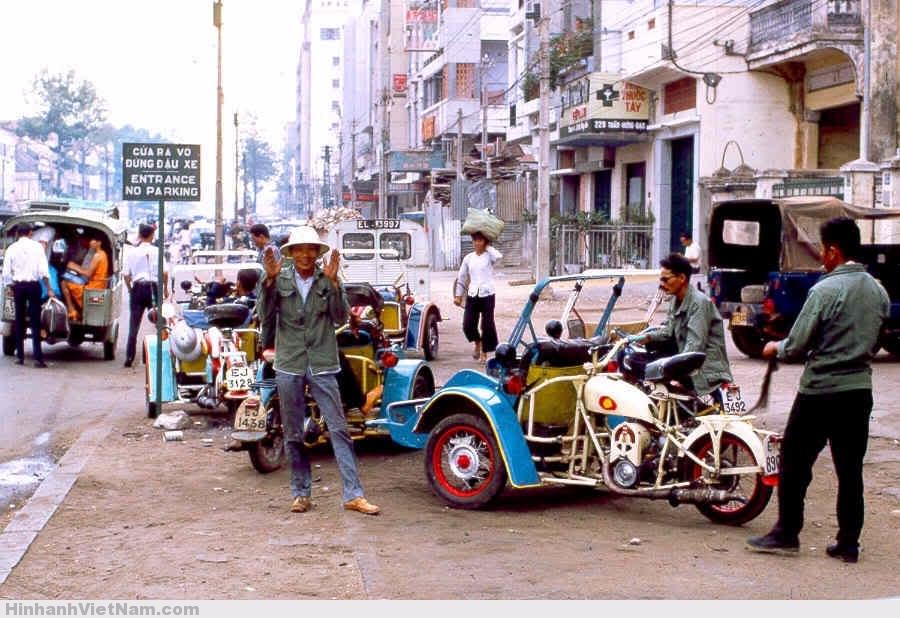 Xe xích lô máy Sài Gòn