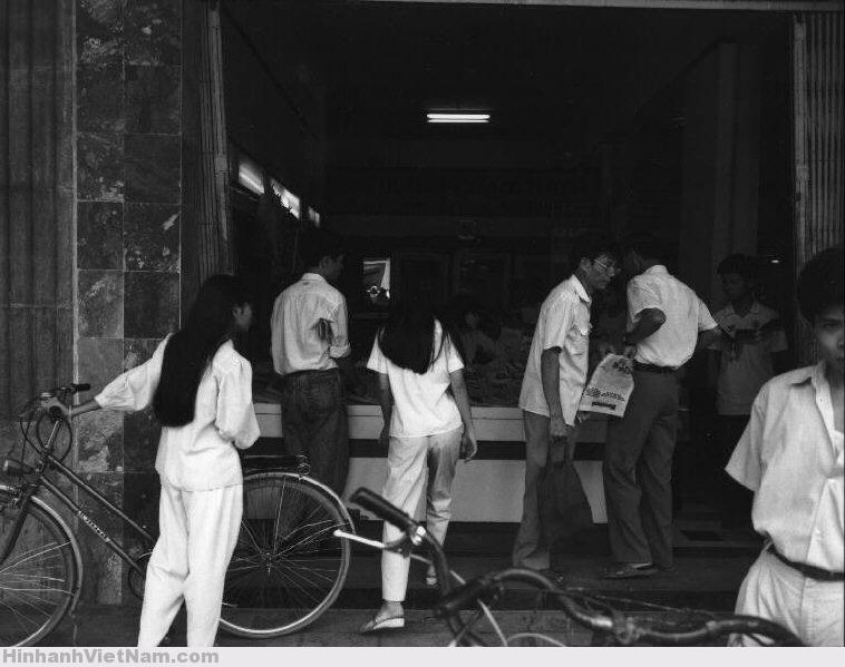 Loạt ảnh ấn tượng về Việt Nam năm 1992