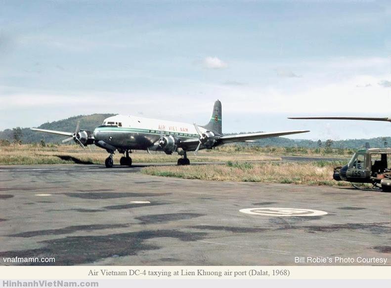 Máy bay DC-4 tại Liên Khương Đà Lạt 1968