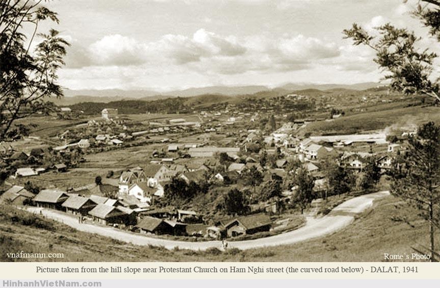 Đường Hàm Nghi năm 1941