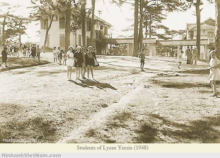 Những nữ Sinh tại trường LYVEE YERSIN 1948