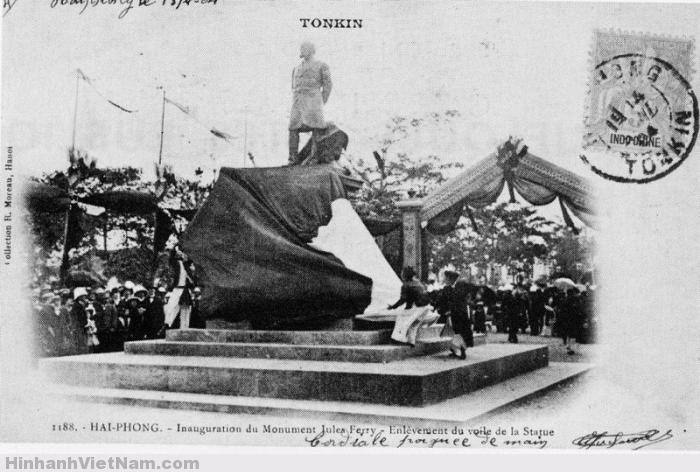 Bức tượng Jules Ferry (1904)