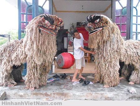 sư tử trung thu làng Việt Hùng, Tỉnh Thái Bình