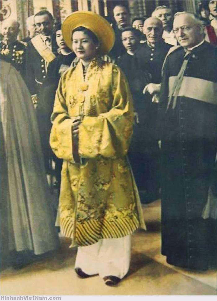 Vatican (July 20, 1939) – Hoàng hậu Nam Phương
