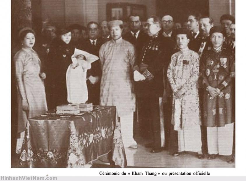 Huế 1936 – lễ giới thiệu Thái Tử Bảo Long, con trưởng nam vua Bảo Đại