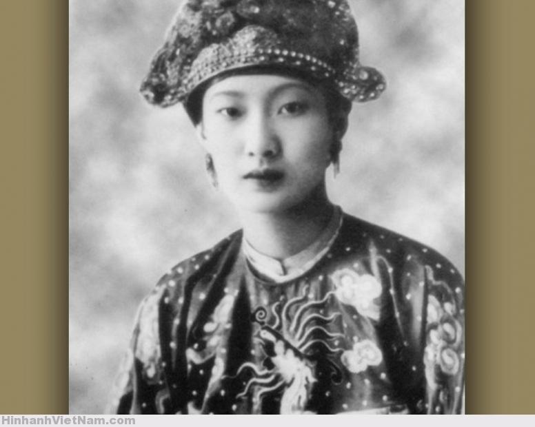 Hoàng hậu Nam Phương (1914) – hoàng hậu cuối cùng của chế độ quân chủ tại VN