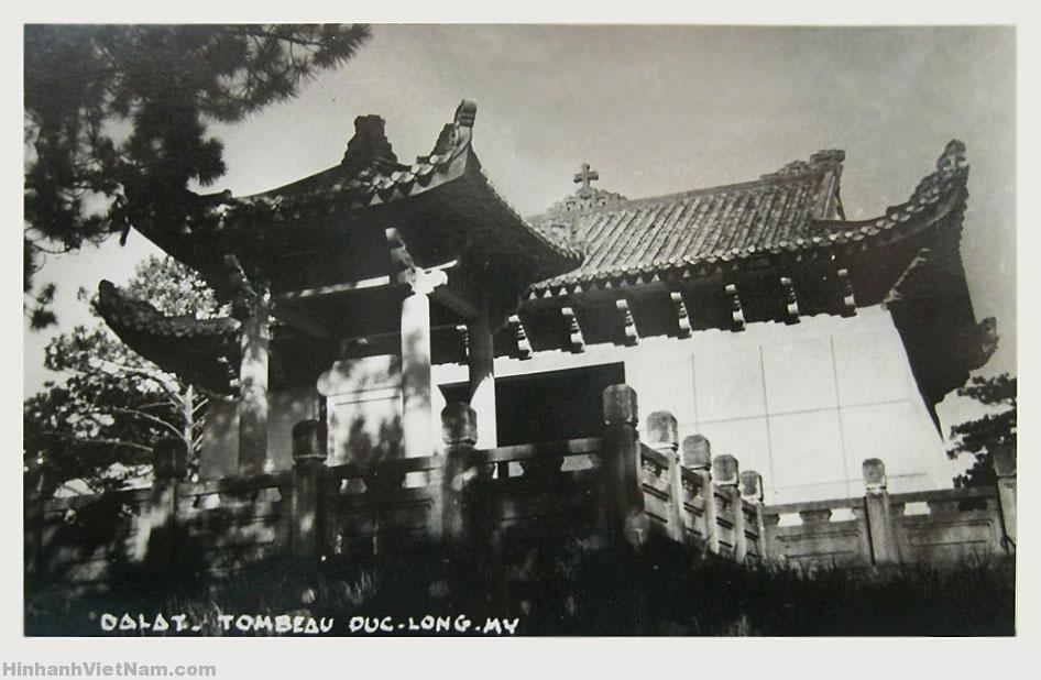 Dalat – Le Tombeau du Duc Long-My – Lăng mộ Long Mỹ Quận công (thân phụ của Nam Phương Hoàng hậu)