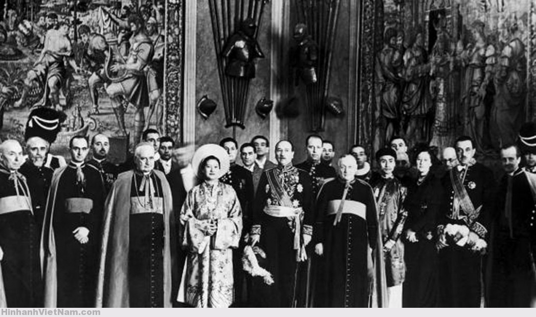The Empress Of Received At Vatican Annam 1939